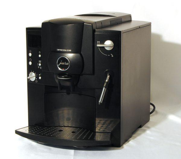 Jura E40 Fekete